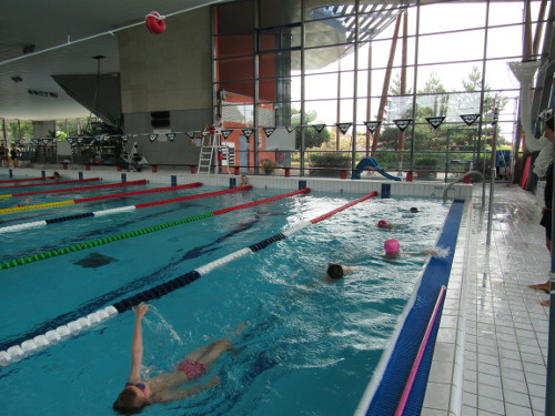 Stages de natation enfants pendant les vacances d'été